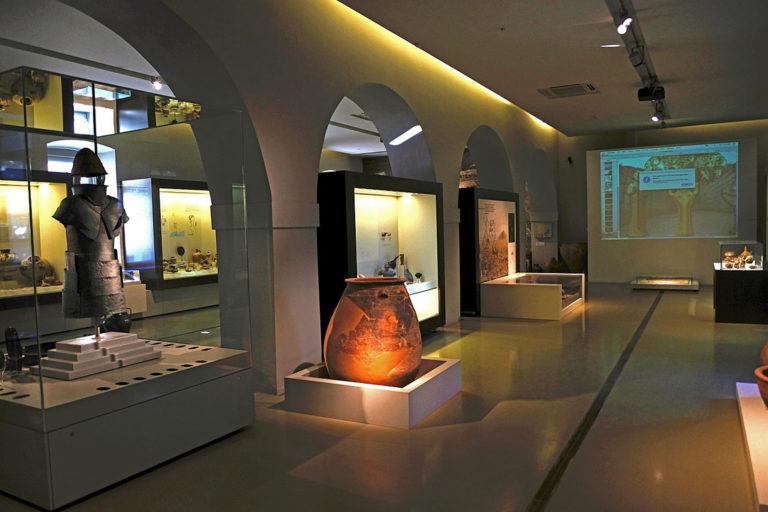 Ταξίδι στον μυκηναϊκό κόσμο μέσα από τα εκθέματα του Αρχαιολογικού Μουσείου Ναυπλίου